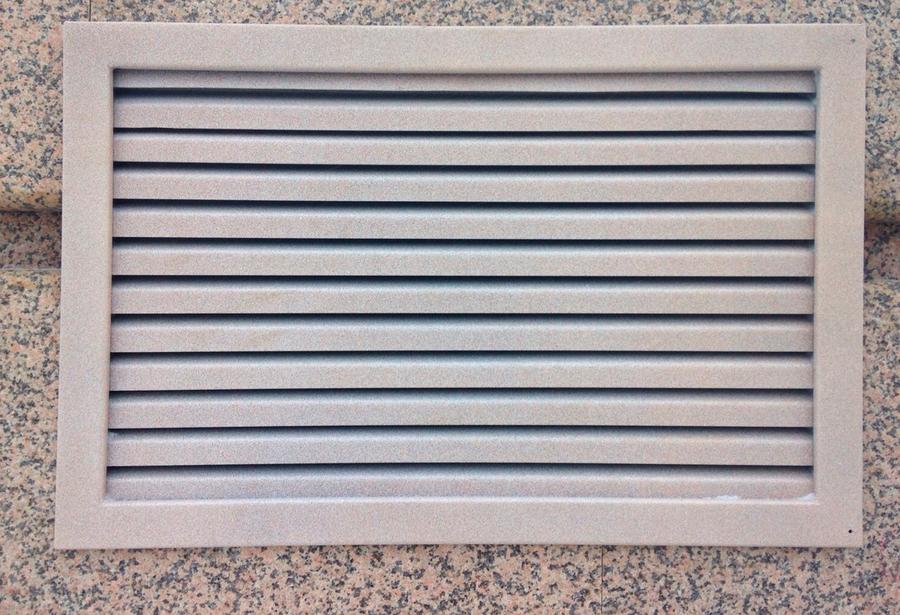 вентиляционная решетка для фундамента