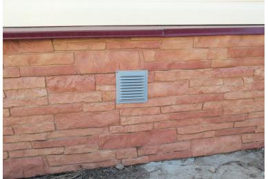вентиляционные решетки на фундамент дома