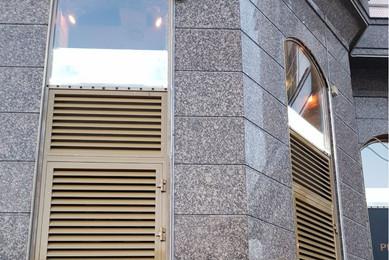 Вентиляционные решетки на петлях в оконные проемы