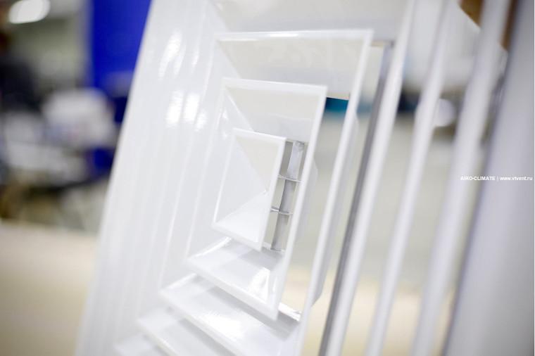 4VA потолочная вентиляционная решетка