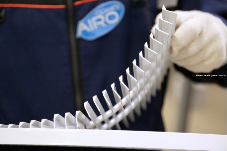 AIRO-FRL(12.5) напольная рулонная решетка вентиляционная